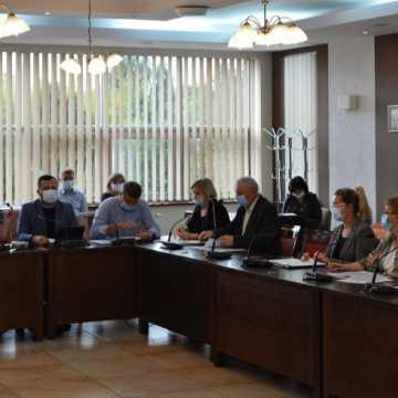 Rozmawiali o oświacie i Strategii Rozwoju Powiatu