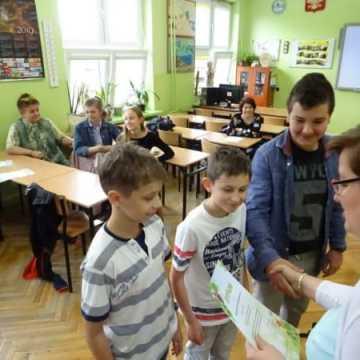 W PSP nr 4 o bioróżnorodności polskich jezior