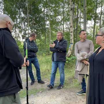 Spacer w obronie drzew na Gliniankach w Radomsku