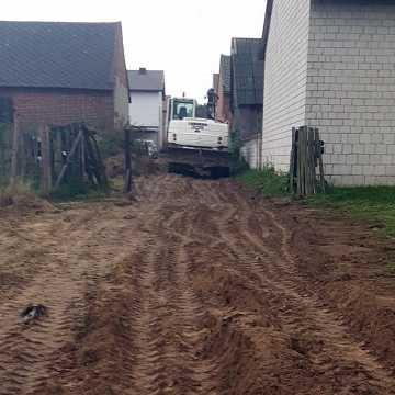 Trwa przebudowa dróg w powiecie radomszczańskim