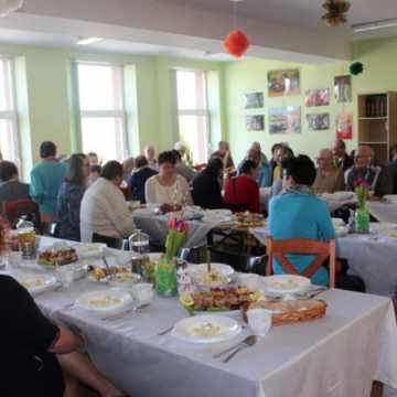 Śniadanie Wielkanocne w Środowiskowym Domu Samopomocy w Radomsku