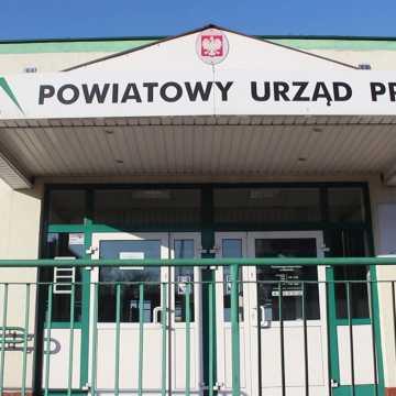 Pracownicy PUP w Radomsku proszą o ograniczenie bezpośredniego kontaktu