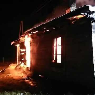 Pożar pustostanu w gminie Wielgomłyny