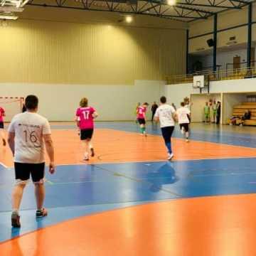 Byg-Front na czele tabeli piątek piłkarskich w Radomsku
