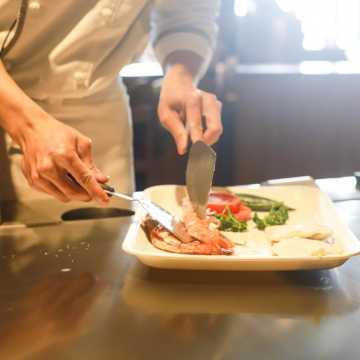 Urząd miasta zachęca do wsparcia lokalnych restauratorów