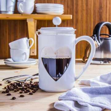 Co kraj to inna kawa... Jak parzyć kawę po włosku czy turecku?