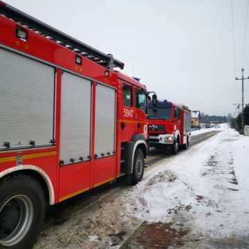 Pożar sadzy przewodzie kominowym w domu w Kamieńsku