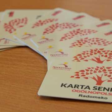 Radomsko: Ogólnopolskie Karty Seniora czekają na odbiór