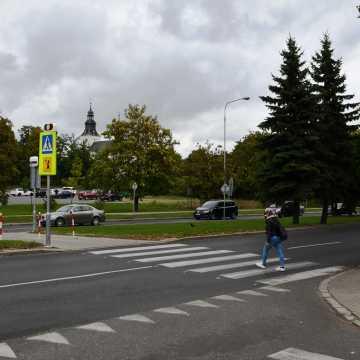 """Piotrków Tryb.: kolejne """"zebry"""" zostaną podświetlone"""