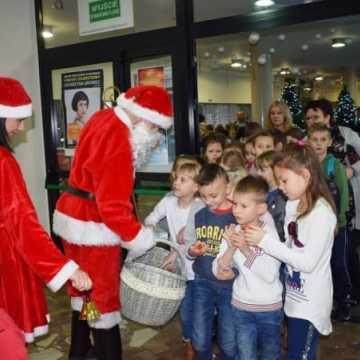 Święty Mikołaj odwiedził Miejski Dom Kultury