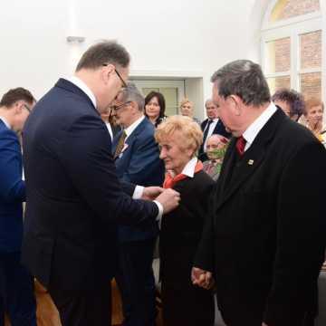Wręczenie medali za długoletnie pożycie małżeńskie