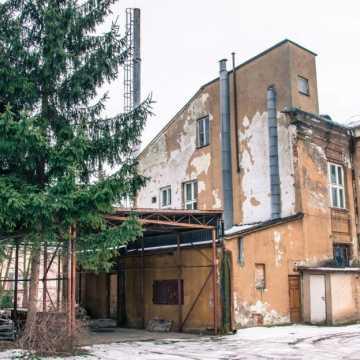 Poszpitalne budynki w Radomsku do nabycia. Cena wywoławcza 1,4 mln zł