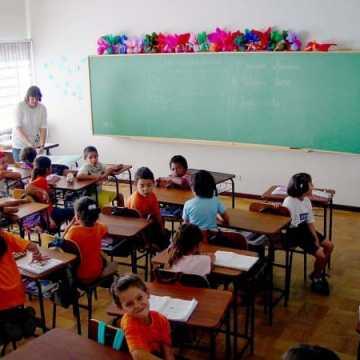 Brak kasy na podwyżki dla nauczycieli