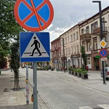 Zmiana organizacji ruchu na ul. Reymonta. Zakaz parkowania na deptaku