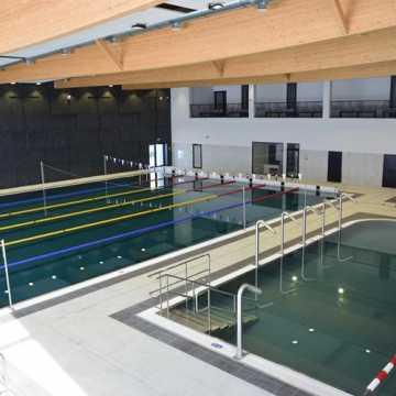 Odbiory techniczne nowego basenu wstrzymane. Ujawniono kilkaset usterek