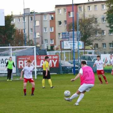 Dwa zwycięstwa Sportingu Radomsko w pucharze ligi wojewódzkiej
