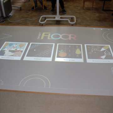 Szkoła w Szczepocicach z interaktywną podłogą
