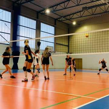 Wyniki X kolejki Amatorskiej Ligi Siatkówki