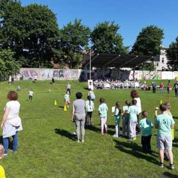 Maluchy z przedszkola nr 9 wygrywają Spartakiadę Przedszkolaka