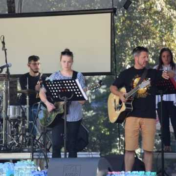 Koncert na placu 3 Maja: Radomsko wielbi Boga