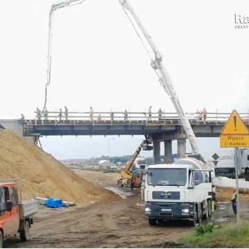 Postęp prac na węźle autostradowym A1 w Kamieńsku