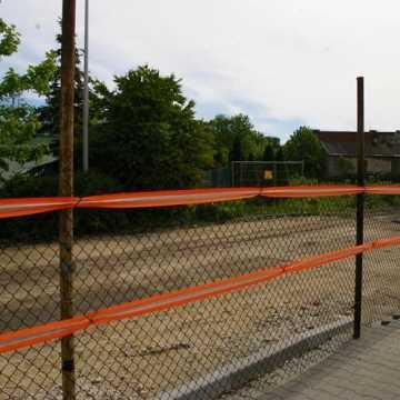 Przy ul. Reymonta w Radomsku trwają prace archeologiczne. Po ich zakończeniu rozpocznie się budowa parkingu