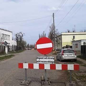 Utrudnienia komunikacyjne na ul. Św. Rozalii w Radomsku