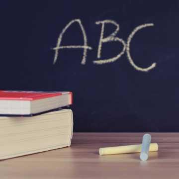 Zdalnie lub częściowo zdalnie uczy się już 6 podstawówek w Radomsku