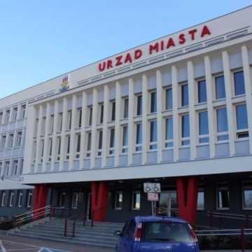 Trwa ewakuacja Urzędu Miasta w Radomsku