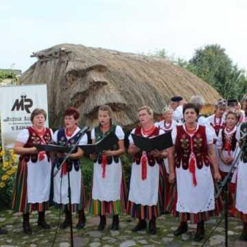 Na ludowo w Zagrodzie Tatarskiej