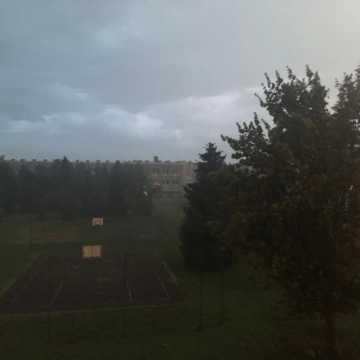 Oberwanie chmury nad Radomskiem