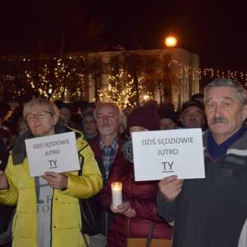 """Obywatele przeciwko """"ustawie kagańcowej"""""""