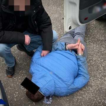 """Poszukiwany przez Interpol członek """"łódzkiej ośmiornicy"""" ukrywał się w Bełchatowie"""