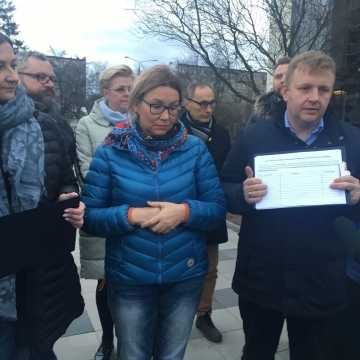 """W koalicji miejskiej w Radomsku """"trzeszczy"""". Zielony Budżet Obywatelski rozgrzewa do czerwoności"""