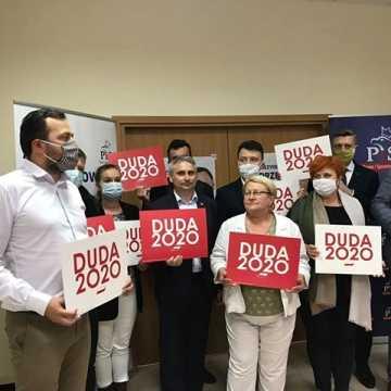 Radni miejscy i powiatowi PiS popierają Andrzeja Dudę