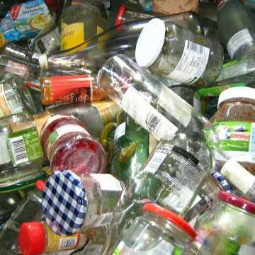 Sprawdzamy. Co z umową na wywóz śmieci w gminie Ładzice?