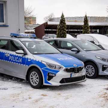 Nowe radiowozy trafiły do bełchatowskiej policji
